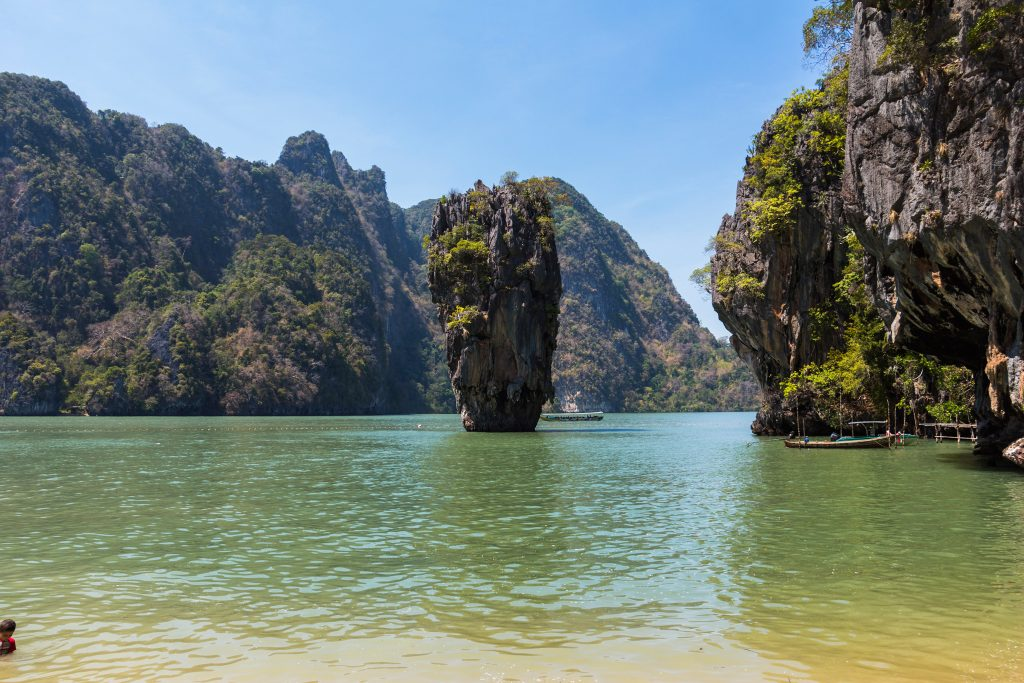 James Bond Insel mit James Bond Rock in Thailand Ao Nang