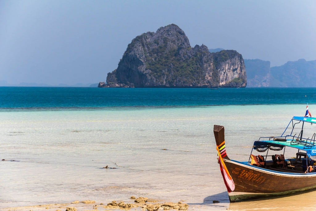 Koh Lanta 4 islands tour, Strand mit Boot - Thailand